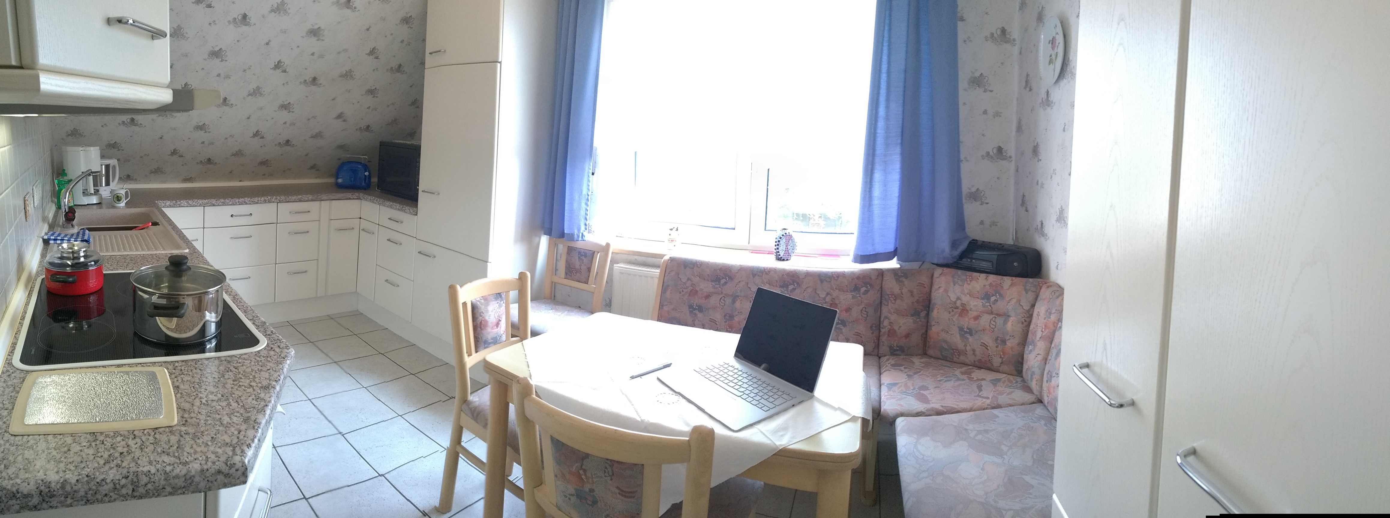 Küche (Panorama-Aufnahme)